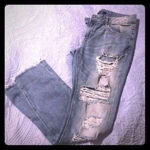 Distressed Jeans by refuge